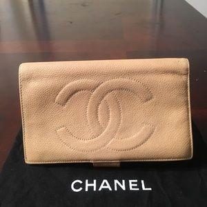 Chanel Caviar Bifold Long Sarah Wallet Beige